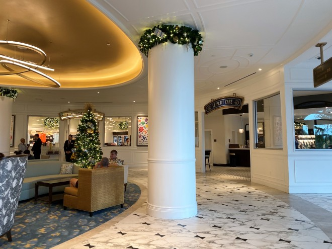Riviera lobby
